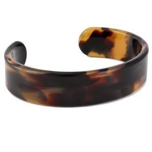 EUC Francesca's tortoiseshell resin cuff bracelet